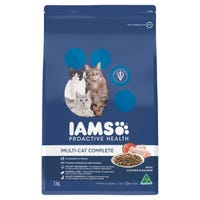Iams Feline Multi Cat Complete Chicken and Salmon Dry Cat Food - 3kg